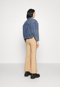 Levi's® Made & Crafted - SUNRAY TRUCKER - Denim jacket - sunshine - 2