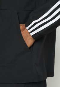 adidas Performance - ESSENTIALS SPORTS JACKET - Træningsjakker - black/white - 5
