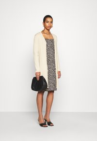 Banana Republic - BUTTON FRONT DUSTER  - Cardigan - sand - 1
