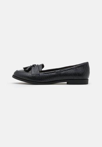 KAIRY FRINGE LOAFER KADET - Slippers - black
