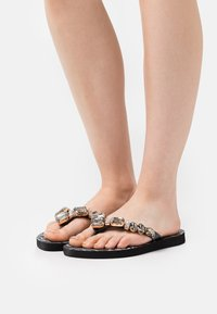 KHARISMA - T-bar sandals - nero/multicolor - 1