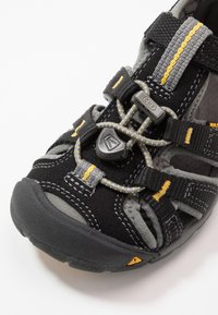 Keen - SEACAMP II CNX - Walking sandals - black/yellow - 2