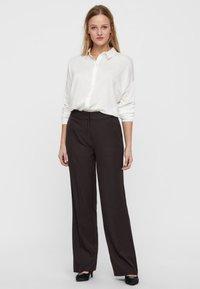 Vero Moda - Button-down blouse - snow white - 1