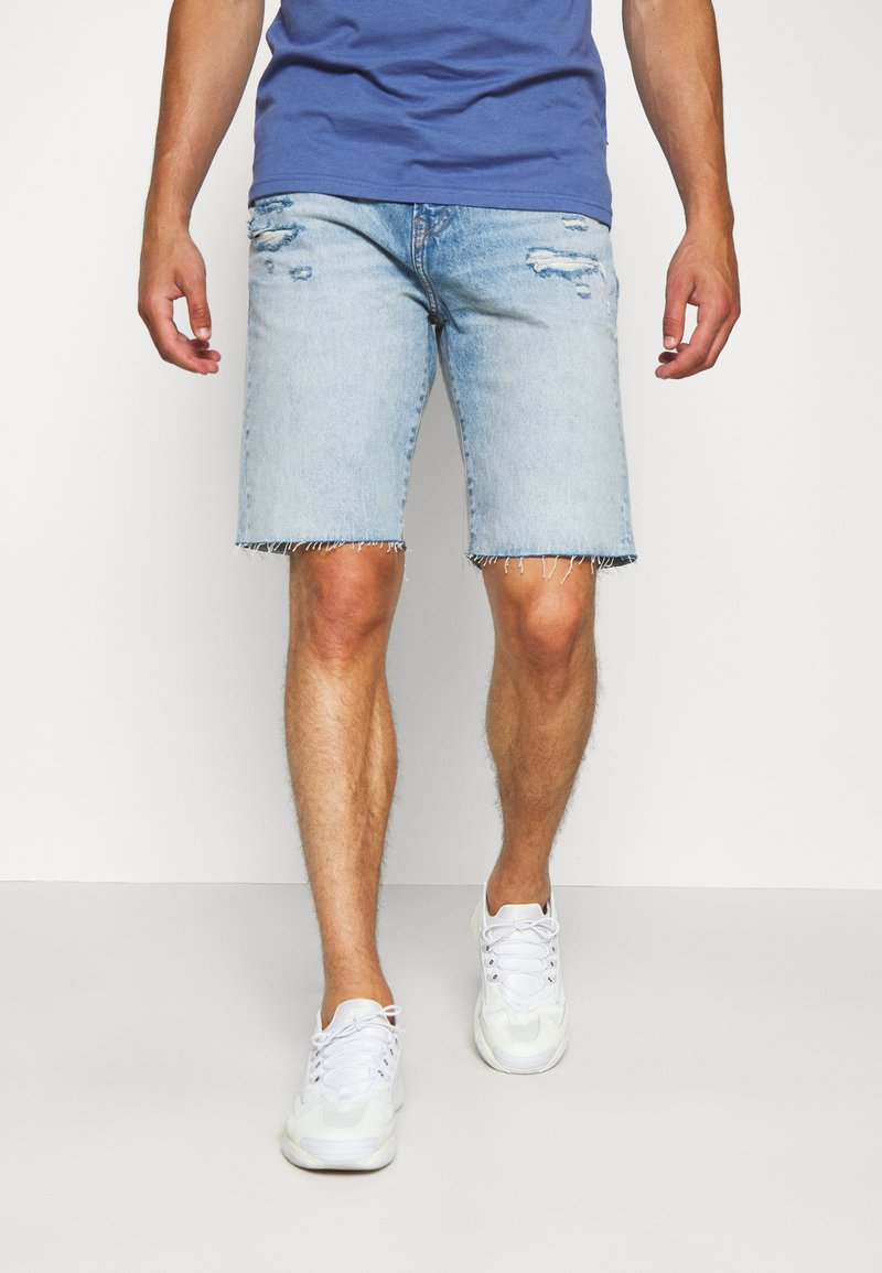 GAP - Denim shorts - light-blue denim