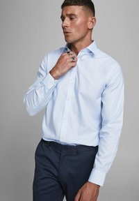 Jack & Jones PREMIUM - JPRBLAROYAL - Formal shirt - cashmere blue - 3