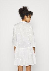 ONLY - ONLCHICAGO LIFE  DRESS - Shirt dress - cloud dancer - 2