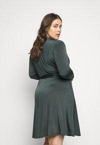 Anna Field Curvy - Jersey dress - dark green - 2