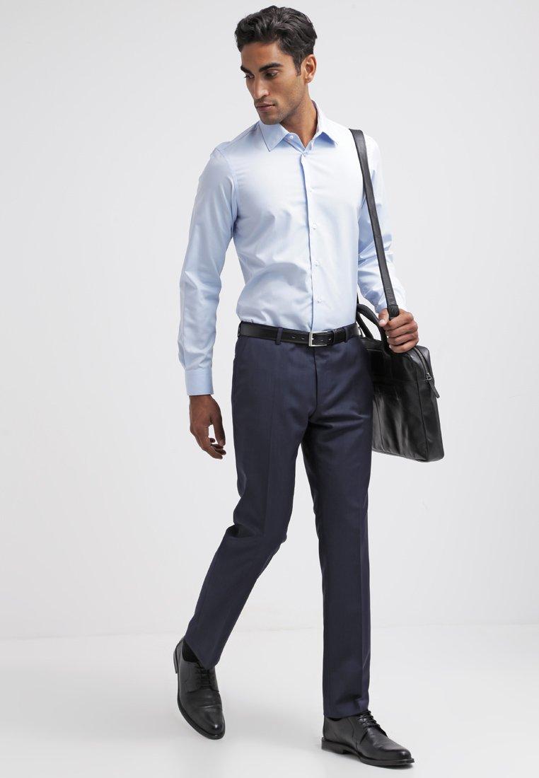 Dressbukse blau