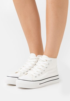 IVER FLAT - High-top trainers - white