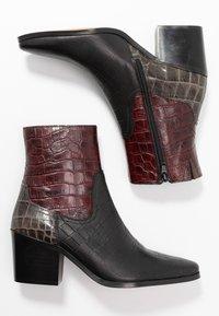 Shoe The Bear - GEORGIA MIX - Cowboy/biker ankle boot - bordeaux - 3