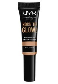 Nyx Professional Makeup - BORN TO GLOW RADIANT CONCEALER - Correcteur - 09 medium olive - 1