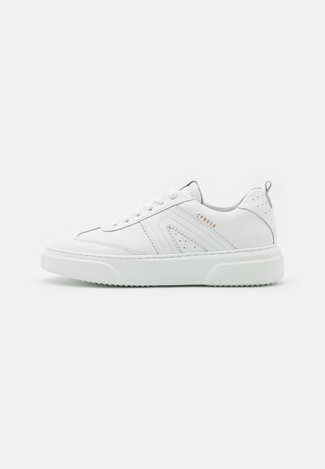 CPH103 - Trainers - white