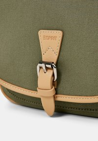Esprit - SUSIE - Across body bag - olive - 5