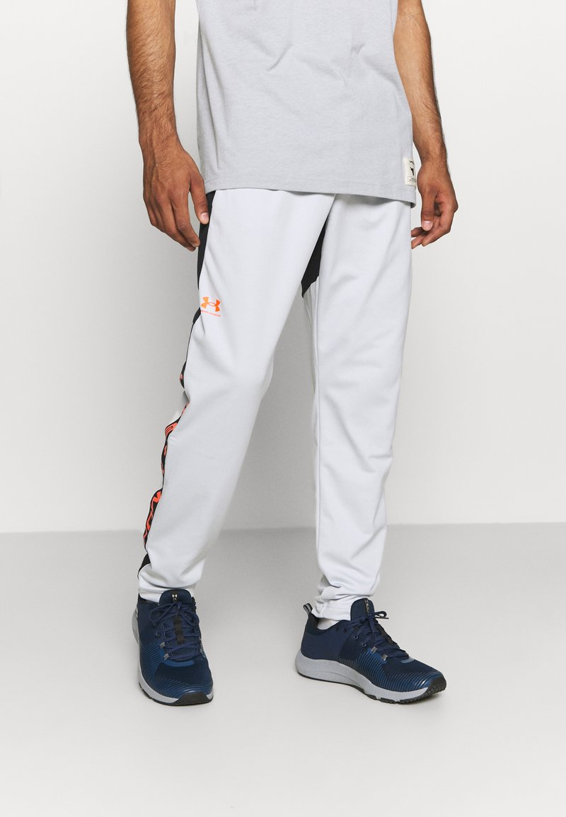 Under Armour - FASHION TRACK PANT - Tracksuit bottoms - grey