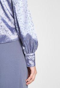 Monki - NALA BLOUSE - Button-down blouse - blue - 5
