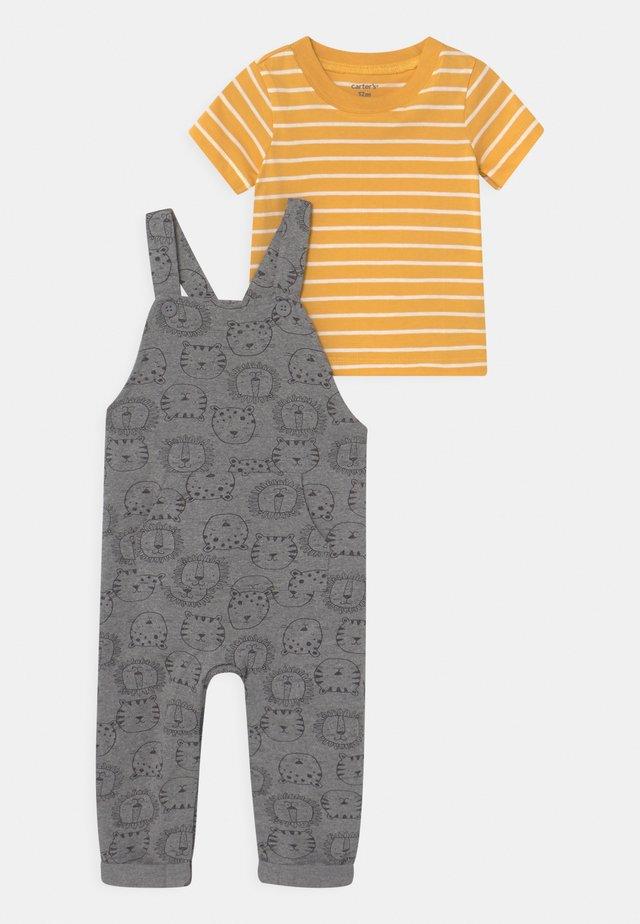 LION SET - Print T-shirt - grey/yellow