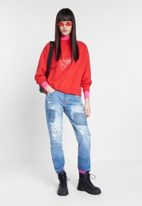 Desigual - MALAUI - Sweatshirt - red - 1