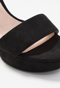 Bullboxer - High heeled sandals - black - 2