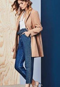 Dorothy Perkins - Classic coat - brown - 0