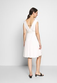 Envie de Fraise - ROMIA TANK MATERNITY DRESS - Sukienka z dżerseju - off white - 2
