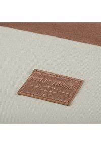 Johnny Urban - TURNBEUTEL LUKE - Sports bag - off white - 3