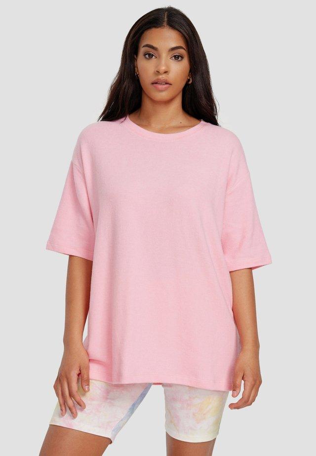 UMUT - Basic T-shirt - pink