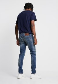 G-Star - 3301 SLIM - Jeansy Slim Fit - elto superstretch/vintage medium aged