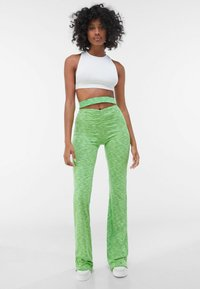 Bershka - Leggings - Trousers - green - 1