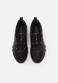 ASICS - GEL-QUANTUM 180 - Chaussures de running neutres - black - 3