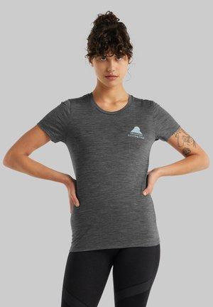 Print T-shirt - gritstone hthr