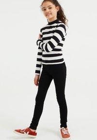 WE Fashion - ROLNEK - Long sleeved top - black - 0