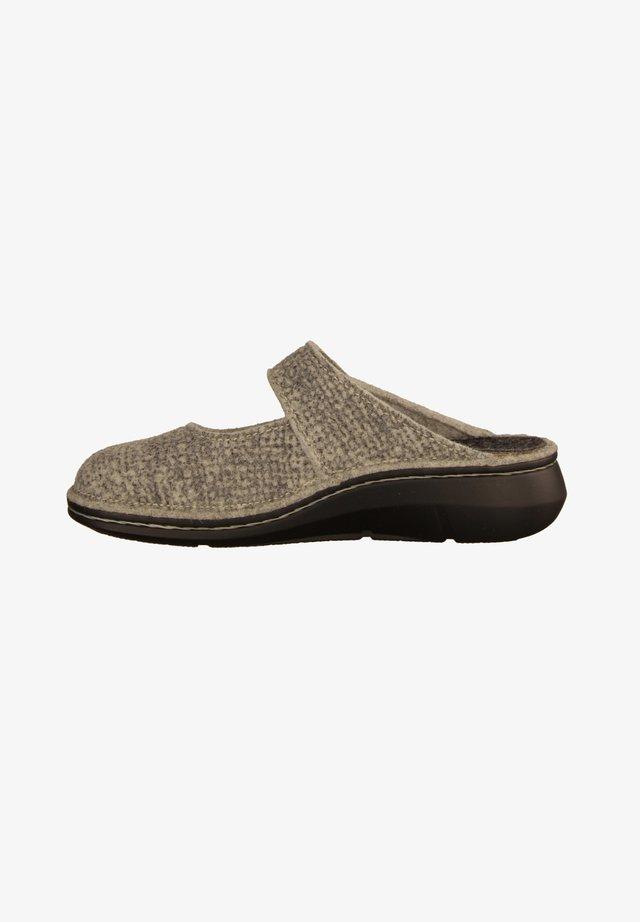 SILVRETTA - Slippers - grey