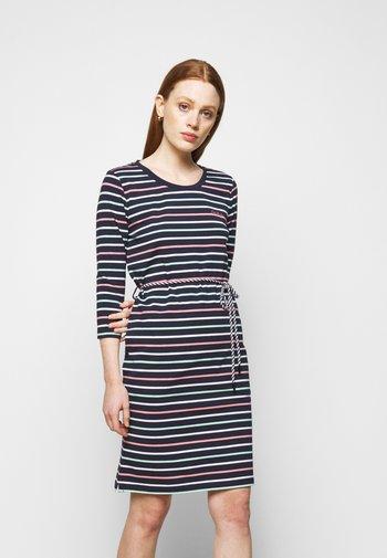 APPLECROSS DRESS - Žerzejové šaty - navy