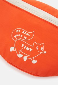 TINYCOTTONS - FOX SOLID FANNY BAG - Bum bag - red - 3