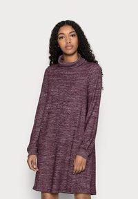 GAP Petite - TURTLENECK DRESS - Strikket kjole - secret plum - 0