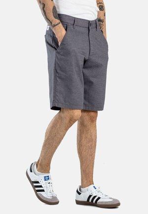 FLEX GRIP CHINO SHORT - Shorts - superior grey