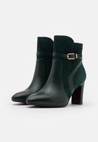 Tamaris Heart & Sole - BOOTS - Kotníková obuv na vysokém podpatku - bottle - 2