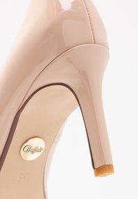 Buffalo - ALIVIA - Classic heels - nude - 2