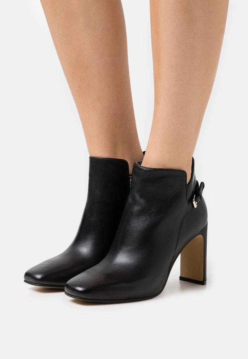 Steven New York - JAINY - High heeled ankle boots - black