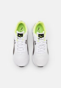 Puma - SPACE RUNNER UNISEX - Neutral running shoes - white/black/fizzy yellow - 3