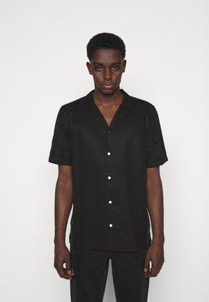 KIRBY STRAP - Overhemd - washed black