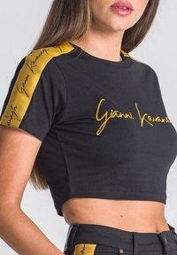 Gianni Kavanagh - NOBLE SIGNATURE CROPPED - T-shirt print - black - 3