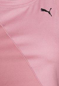 Puma - STUDIO CROP - Sports shirt - foxglove - 2