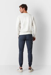 Scalpers - Cargo trousers - navy - 2