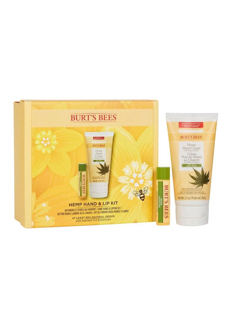 Burt's Bees - HEMP HAND & LIP KIT - Set pour le bain et le corps - -