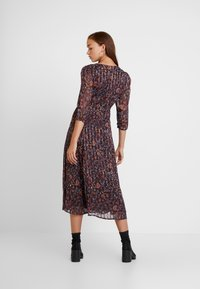 Vila - VIMAISAPAISA MIDI 3/4 SLEEVE DRESS - Day dress - dark purple - 3