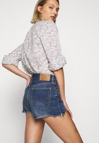 Polo Ralph Lauren - SPHIA CUTOFF - Denim shorts - medium indigo - 3