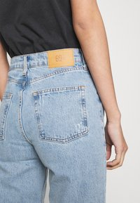 BDG Urban Outfitters - VINTAGE PAX - Straight leg jeans - summer blue - 4