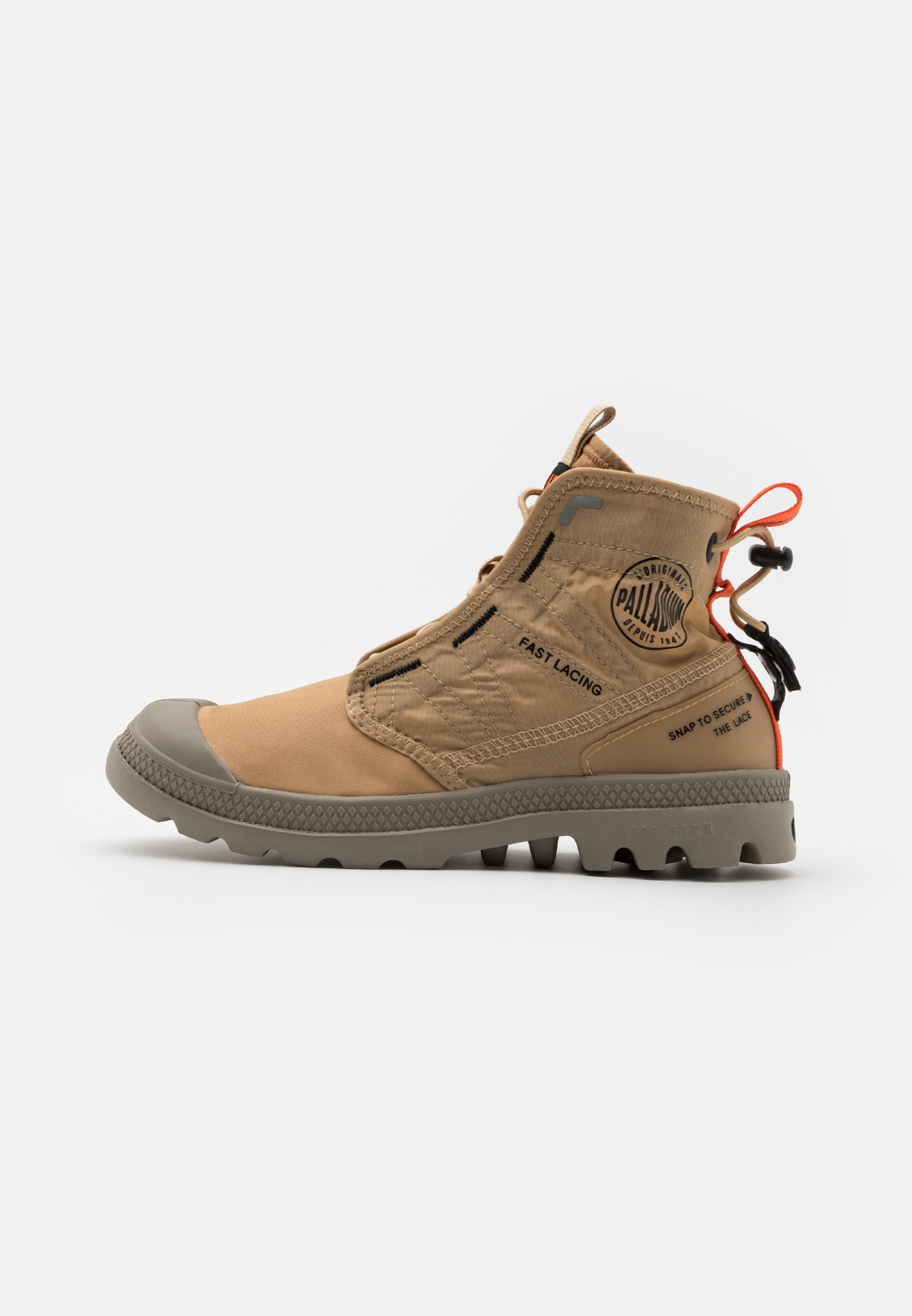 Men PAMPA TRAVEL LITE UNISEX - Lace-up ankle boots