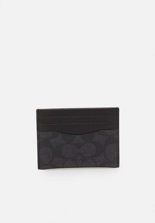 FLAT CARD CASE IN SIGNATURE UNISEX - Portafoglio - charcoal/black